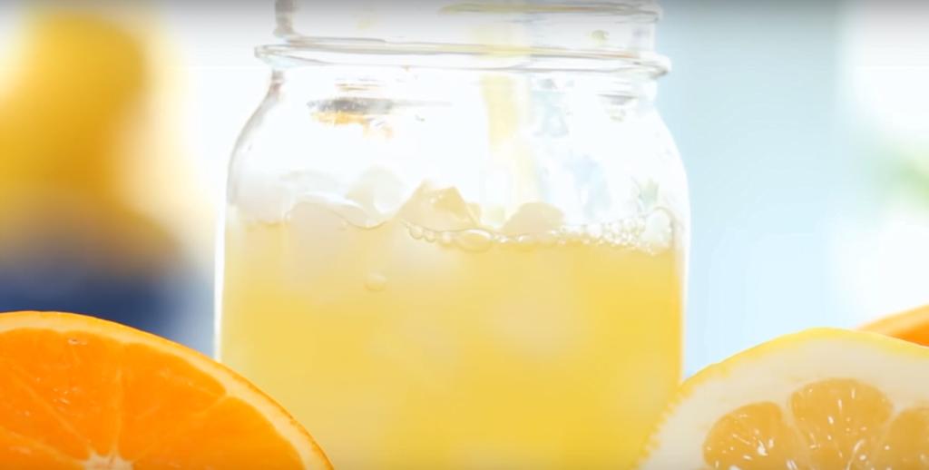 Sinaasappel met tijm limonade- limonade recept-zomer drankjes- zensitivity.nl-alcoholvrije drankjes